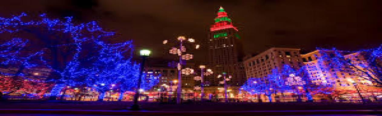 christmas light displays to see around cleveland